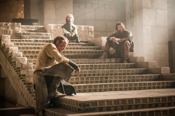 Jorah-Daario-and-Tyrion-in-Meereen-Official-HBO