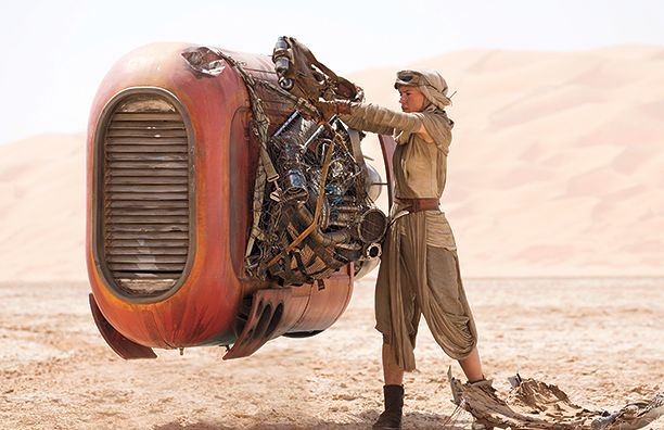 rey-is-the-force-awakens-hero-but-is-she-luke-skywalker-s-daughter-star-wars-7-spoiler-757761