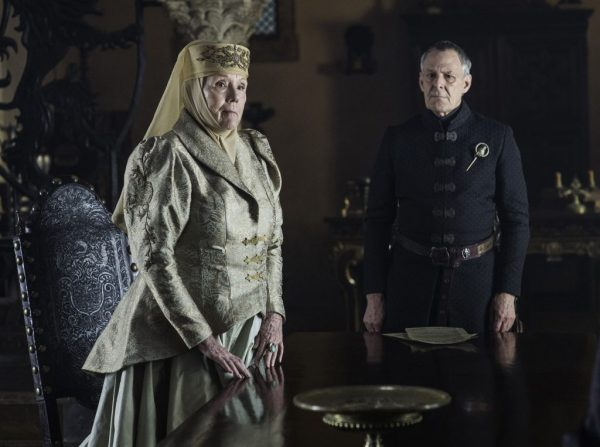 Game-of-Thrones-S6-Ep4-Book-of-the-Stranger-Diana-Rigg-as-Olenna-Tyrell-and-Ian-Gelder-as-Kevan-Lannister